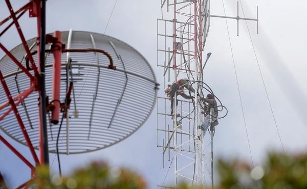 La Sutel cobra el canon de reserva por espectro radioeléctrico a unos 130 concesionarios y permisionarios de bandas de transmisión.(Imagen con fines ilustrativos). /Foto: Archivo