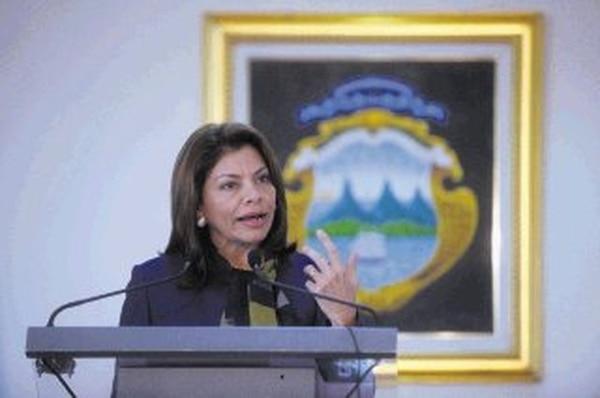 La presidenta Laura Chinchilla, ayer, en Zapote, resaltó los beneficios que traerá la preparación para que la OCDE invite a Costa Rica a un proceso de admisión. Dijo que sigue un plan de mucho trabajo y aconsejó al próximo gobierno que nombre a uno de los vicepresidentes para coordinarlo.   PABLO MONTIEL