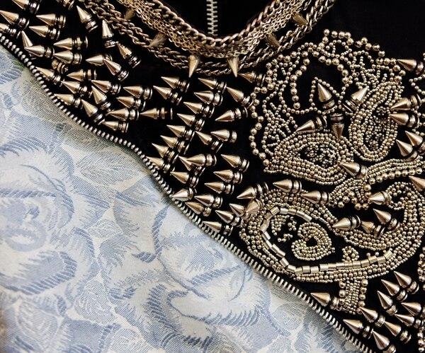 Detalle del vestido diseñado para la cantante del grupo Patterns Michelle González.