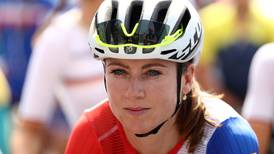 Ciclista que se accidentó en Río sorprende y gana el Lotto Tour en Bélgica