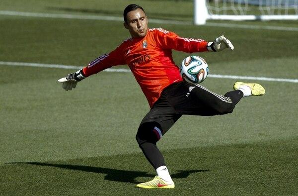 Keylor Navas se entrenó esta mañana poco antes de viajar a Varsovia al juego amistoso ante la Fiorentina.
