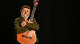 Manuel Monestel resume 50 años de historia musical en libro autobiográfico