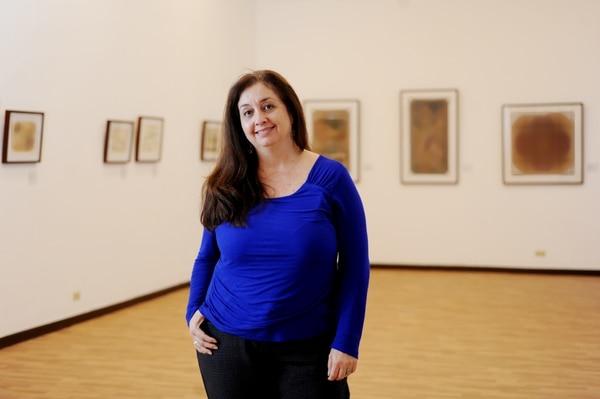 María de los Ángeles Fonseca Pacheco, en una exposición de arte en el Teatro Popular Melico Salazar el 12 de mayo del 2014. Foto: Marcela Bertozzi