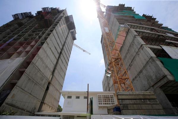 Las torres iFreses (de Civitar Desarrollos) y Nest Freses (AEISA), en Curridabat, estarían listas este año. Foto: Rafael Pacheco