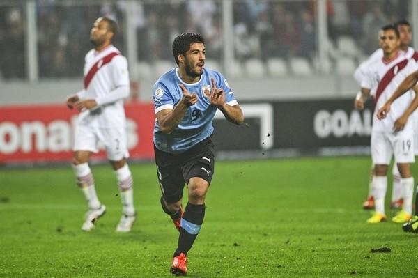 Luis Suárez será la figura de Uruguay en Brasil 2014.   ARCHIVO