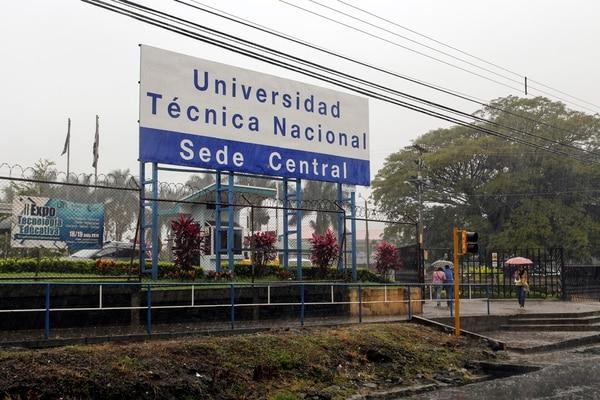 Por año, a la UTN entran 3.800 alumnos de primer ingreso.