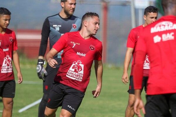 Anthony López sigue entrenándose con Alajuelense, pero todo hace indicar que su futuro está en Canadá. Fotografía: José Cordero