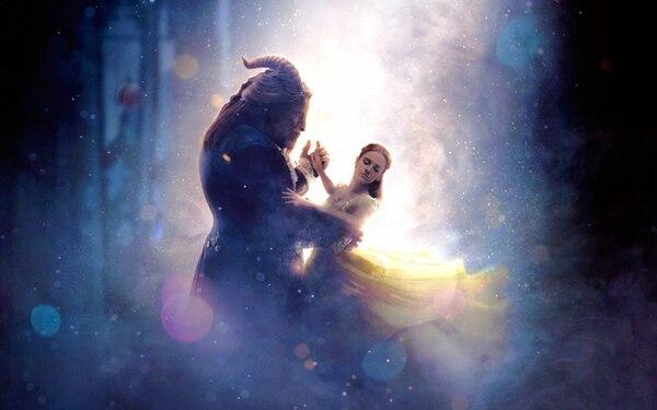 Emma Watson y Dan Stevens dan vida a personajes que Disney antes puso en animación.