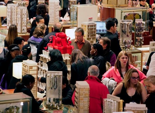 En Estados Unidos el gasto de los consumidores representa más de dos tercios del PIB.