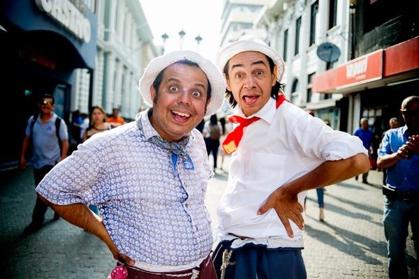 Chibolo y Juan Vainas, personajes de Canal 7.