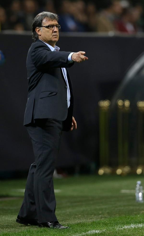 Gerardo Martino en el juego del Barcelona ante el Milan, por Champions League.