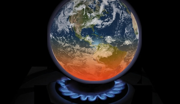 Entre las otras clave se cuentan el calentamiento global y las crecientes emisiones de carbono por el uso de combustibles fósiles. Foto de Archivo.