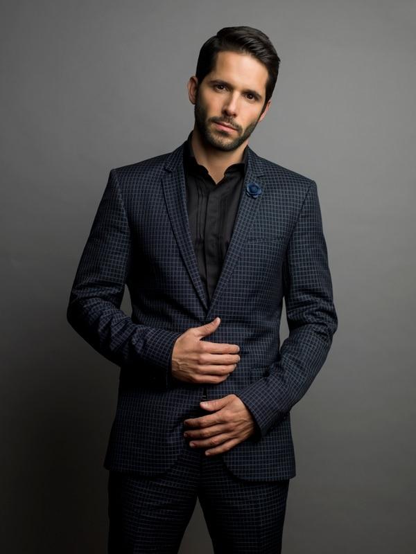 El actor Lucas Velásquez ha participado en telenovelas como 'Atrévete a soñar', 'Una familia con suerte' y 'Mentir para vivir'. Netflix para LN