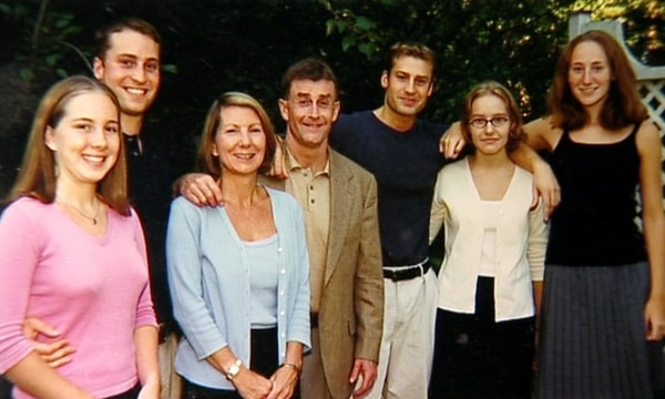 Caitlin, Clayton, Kathleen (la víctima del accidente o asesinato, quizá nunca lo sabremos), Michael (el esposo) Todd, Marta y Margaret. Ellos son los miembros de la intrincada familia que vieron destruida sus vidas como la conocían desde el día de los hechos, el 9 de diciembre del 2001. Foto Netflix/Para GN