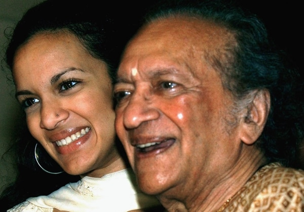 Ravi Shankar y su hija Anoushka Shankar