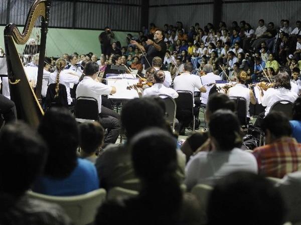La Orquesta Sinfónica Nacional realizó hoy su debut en Bijagua.