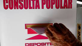 Pocos mexicanos acudieron a referendo para pedir investigación contra expresidentes