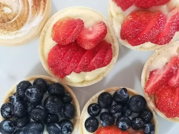Tartas con fresas, arándanos y con las frutas mezcladas. Foto: Osvaldo Calderón