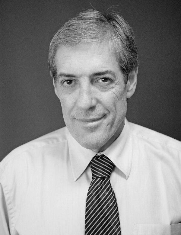 Jorge Barraza. Periodista argentino, director de la Revista de la Confederación Sudamericana de Fútbol.