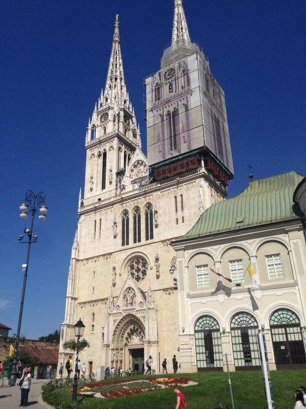 La majestuosa Catedral de Zagreb. Fotografía: Jairo Villegas S.