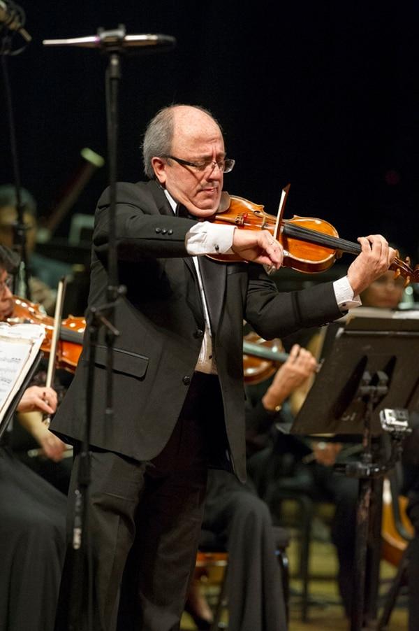 Deleite. José Aurelio Castillo fue el solista del concierto. Luis Navarro.