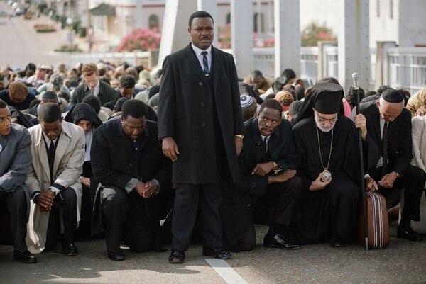 Los sueños son luchas. La importante y bien lograda actuación de David Oyelowo, como el predicador Martin Luther King Jr., le da intensidad a un filme en apariencia mesurado, solo en apariencia.Romaly para LN.