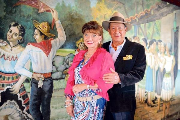 Los fundadores, Moraima Aguilar y Gilber Ramírez, cumplen 50 años de casados junto con el negocio. Para el éxito de ambas empresas han usado la misma fórmula, encabezada por un profundo respeto a los valores familiares y al trabajo arduo. | FOTO: MELISSA ROJAS