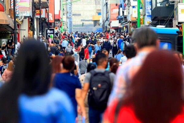 Medida laboral podría afectar a trabajadores de establecimientos cerrados del 3 al 9 de mayo. Foto: Rafael Pacheco.