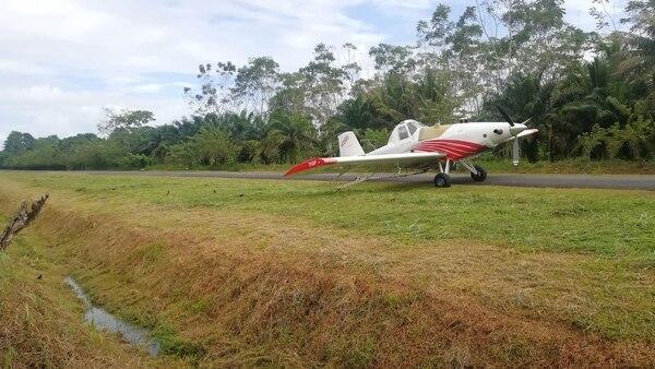 El accidente se produjo a las 7:04 a. m. en la pista de aterrizaje de Batán en Limón. Foto cortesía de El Bataneño para LN