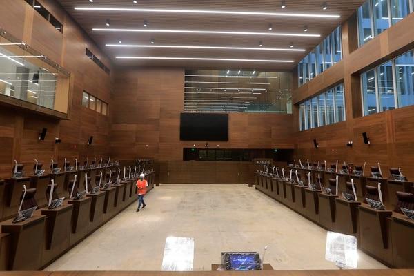 En el nuevo plenario, los socialcristianos prefieren ubicarse en una fila de atrás compartiendo línea con el bloque fabricista. Foto: Rafael Pacheco