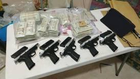 Caen  15 individuos con  $200.000 en efectivo y pistolas en Moín, Limón