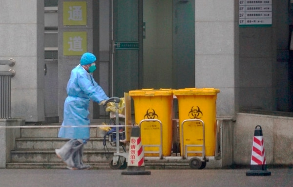 Esto es parte de lo que se ve en Wuhan, la ciudad china en cuarentena por el coronavirus. Fotografía: AP