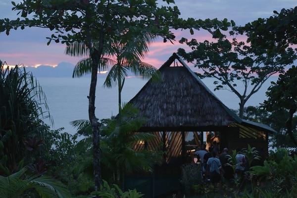 Las instalaciones del hotel Punta Marenco Lodge, fueron utilizadas para algunas secuencias de interiores. Imagen cortesía de Esteban Ramírez.
