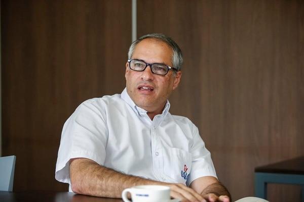 Carlos Coto, director de Unidad de Negocios Costa Rica del Grupo Lala, aseguró que producirán aquí con leche local y que no piensan competir con precios bajos sino con calidad y el desarrollo de nuevas categorías.