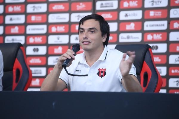 Enrique Morúa es el tesorero de Liga Deportiva Alajuelense. Fotografía: John Durán