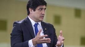Carlos Alvarado sobre nuevo ministro de Hacienda: 'Antes de juzgarlo, escúchenlo'