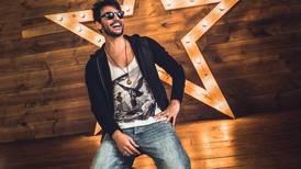 """Beto Cuevas, líder de La Ley, cambió el pop rock por la cumbia: """"De alguna forma me rejuvenece"""""""