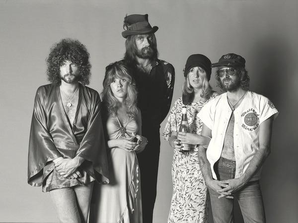 En cadena. Lindsey Buckingham, Stevie Nicks, Mick Fleetwood, Christine McVie y John McVie, en 1977.