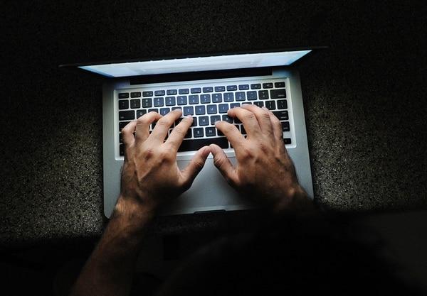 La web profunda tenía como objeto ser usada en países donde se limita la libertad de expresión, pero fue aprovechada por delincuentes.   IMAGEN ILUSTRATIVA / JORGE CASTILLO.