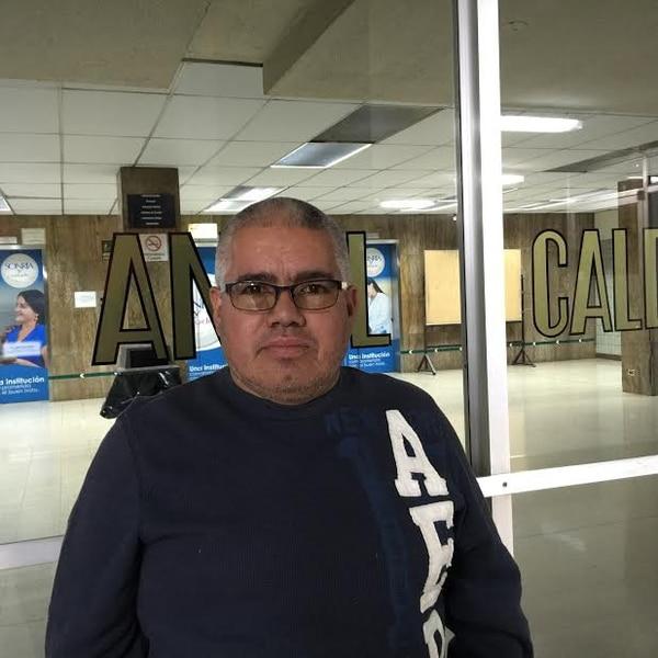 Johanny Barquero Jiménez, tío de Oveth Gerardo Cruz Barquero, dijo que sobrino llamó minutos antes del incidente.