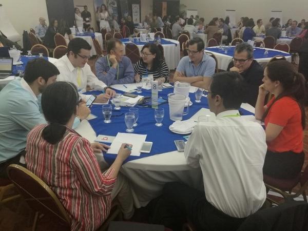 El evento convocó a 68 investigadores y 65 empresarios de distintos perfiles.