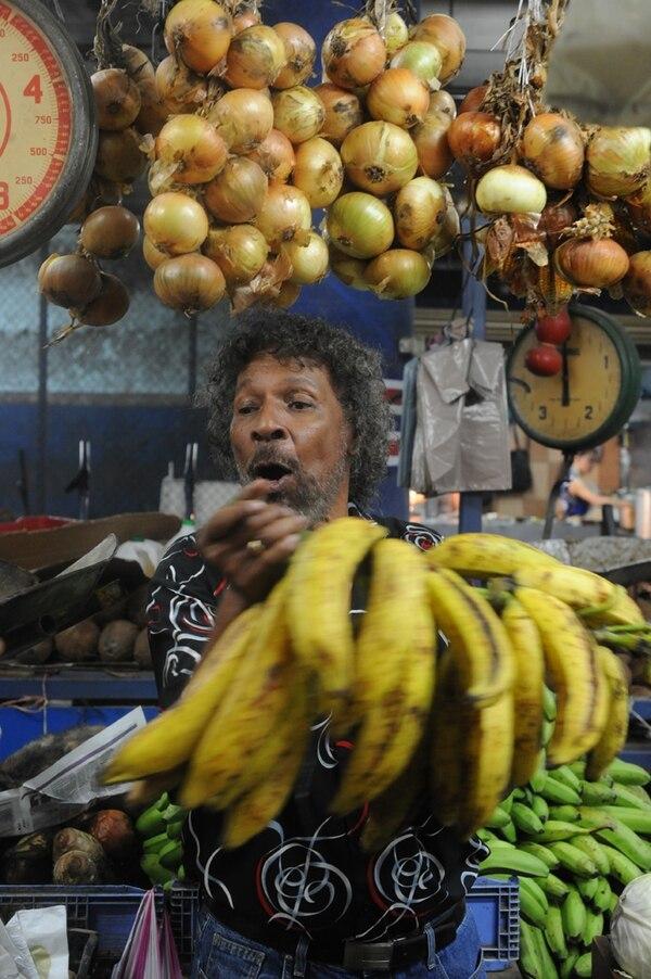 Johnny Dixon reside en San José, pero sus raíces están firmemente atadas a Limón y la zona caribeña de Costa Rica y Nicaragua.