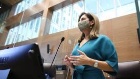 Silvia Hernández suma 41 votos para presidencia legislativa con promesa de Directorio de oposición