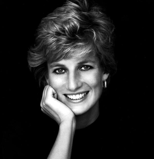 La princesa Diana de Gales siempre se mostró muy cercana al pueblo a pesar de su título monárquico. Foto: Archivo.