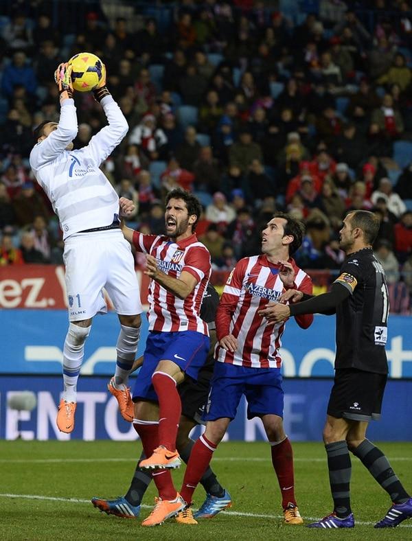 Navas lleva tres juegos seguidos sin recibir gol en España.   ARCHIVO