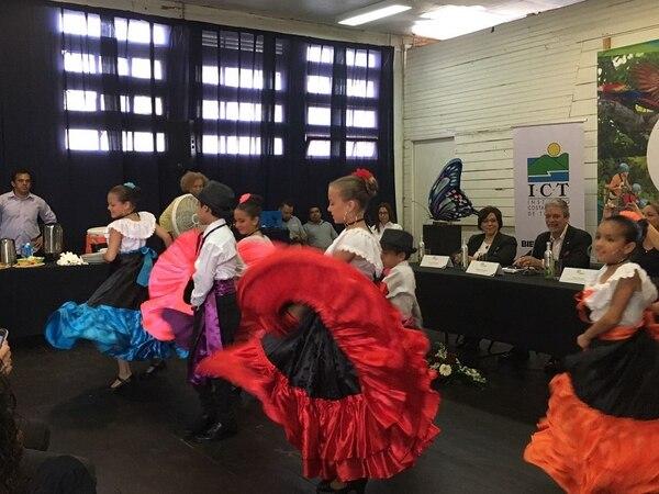 Los detalles de la conferencia Planeta, Personas, Paz (P3) se brindaron en una conferencia de prensa, este miércoles cuatro de octubre, en el auditorio del Mercado Central de San José.