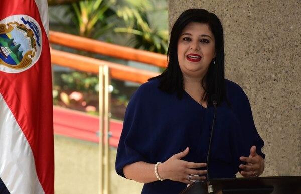 Pilar Garrido, ministra de Mideplán. Foto: CARLOS GONZALEZ/AGENCIA OJOPOROJO.