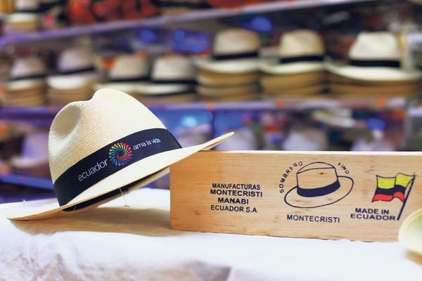 El sombrero de paja toquilla, una tradición e insignia de Ecuador.