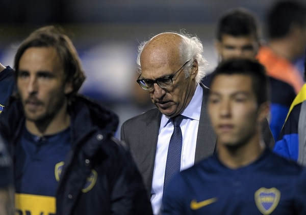 Carlos Bianchi está en la cuerda floja tras un flojo arranque con Boca Juniors.