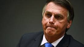 Senado de Brasil apoya inculpación contra Bolsonaro por delitos en el manejo de la pandemia